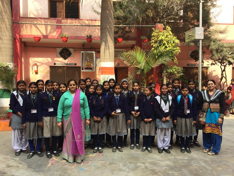 Scholieren Buddha Smile school